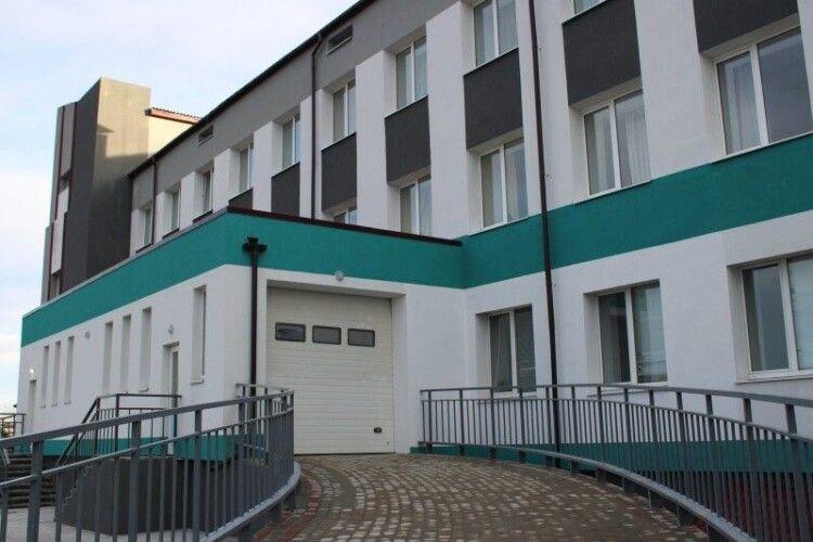 У Любомльській лікарні завершують реконструкцію приймального відділення