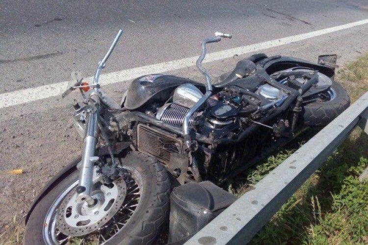 На Волині зіткнулися два мотоциклісти: одного шпиталізували