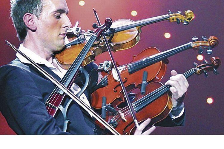 Так ніхто незаграв: віртуоз Олександр Божик опанував 4скрипки одночасно (Відео)