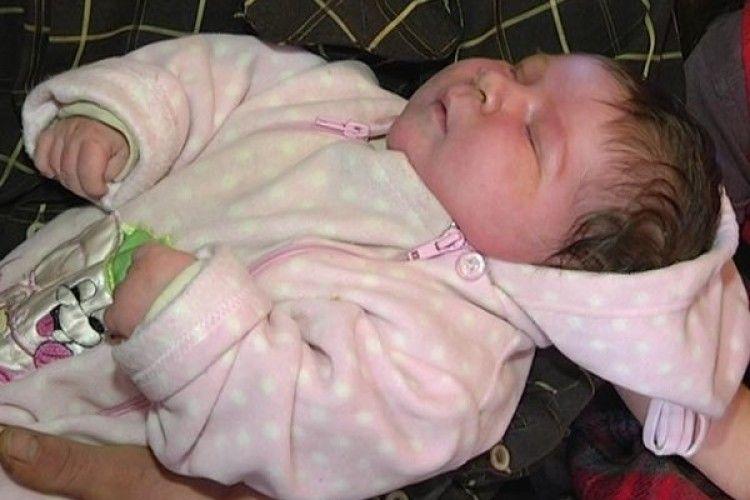 У Запорізькій області народився хлопчик вагою 7,09 кілограм