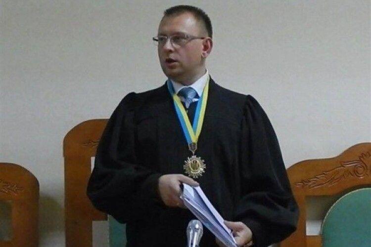 Волинський суддя витратив купу грошей на позашляховик