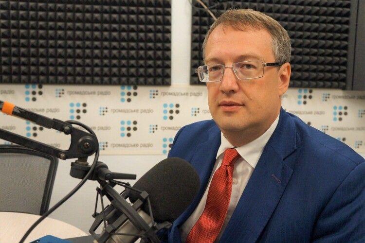 «Будуть відповідати за кожного загиблого», – заступник міністра МВС пригрозив владі Луцька і Тернополя