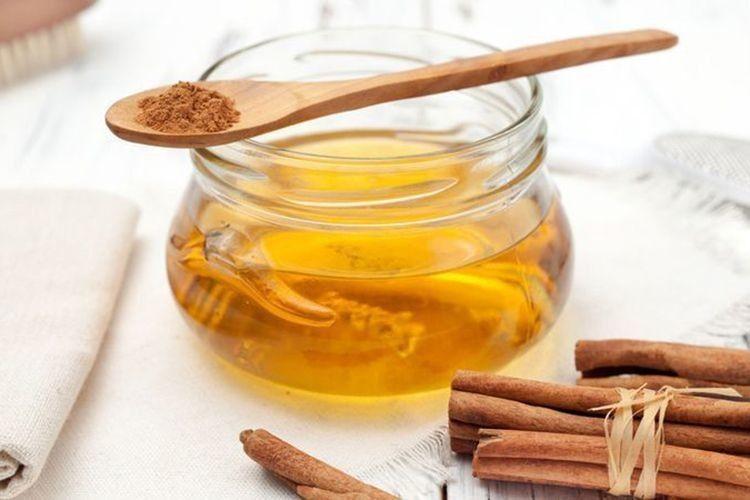 Мед із корицею — бальзам для шлунка й серця