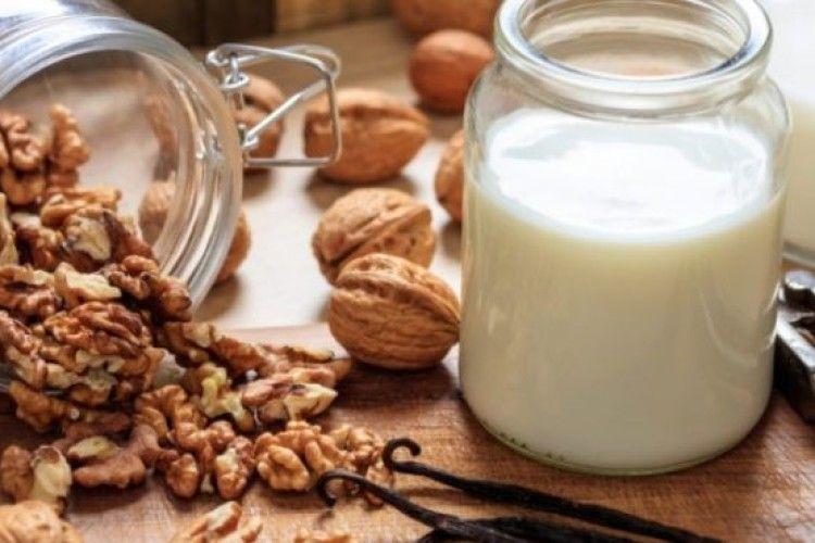 Українці додумалися робити з горіхів… молоко!