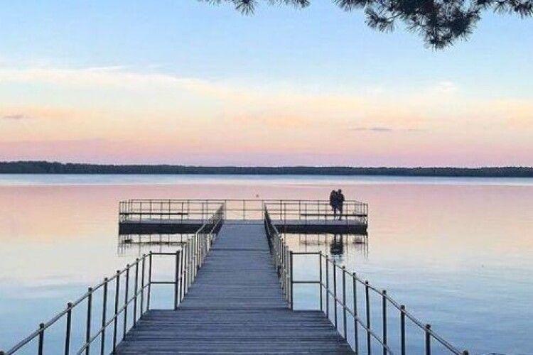 На Білому озері неподалік Вараша цілодобово чергують нацгвардійці та поліцейські