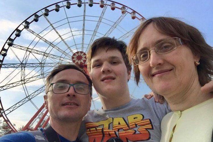 Батьки недали хворобі шансів забрати майбутнє сина