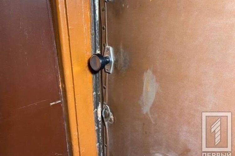 Замотував у ганчірки: українець кілька років ховав у квартирі мертву сестру