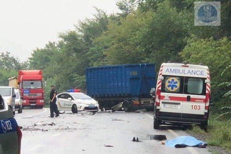 На Волині – смертельна ДТП: загинув водій (Фото)