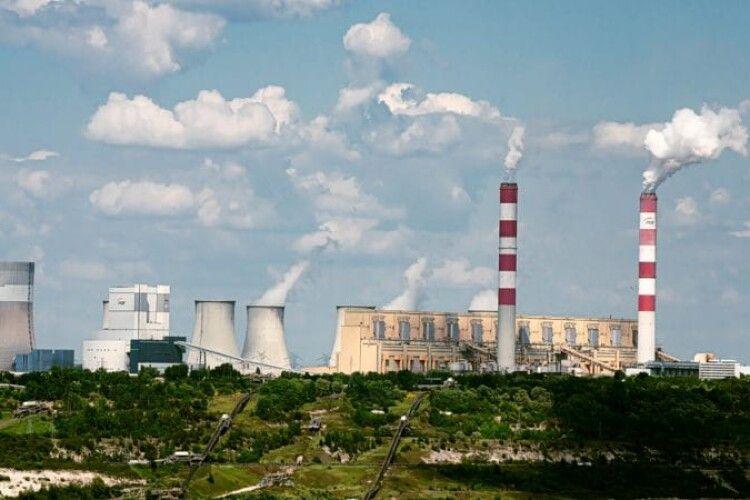 Польща оголосила строки закриття найбільшої в Європі вугільної електростанції