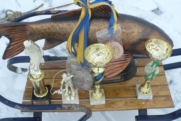 «Академіки» з Луцька на «Кубку Світязя» наловили майже 5 кілограмів риби