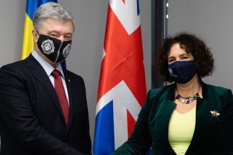 Порошенко обговорив з Послом Британії проблеми верховенства права та правосуддя в Україні