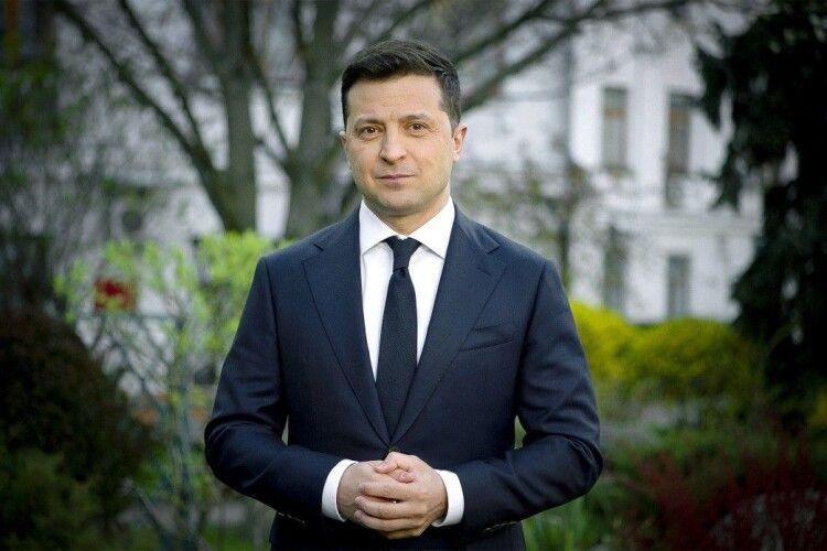 Великдень вдома — турбота про ближнього. Привітання Президента України