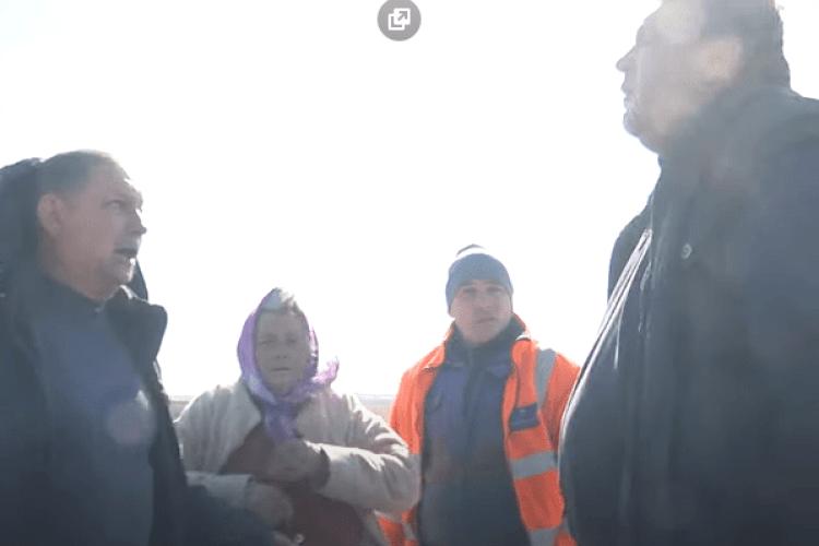 Зібрав чужий врожай на 14 гектарах, як свій: у Володимир-Волинському районі гарячий земельний конфлікт (Відео)