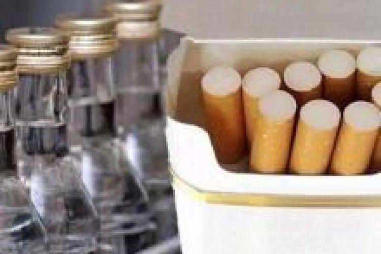 Алкоголь і цигарки найбільше купують лучани і ковельчани