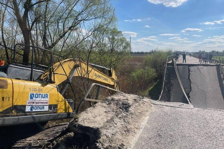 Назвали причину обвалу мосту на трасі Львів-Луцьк
