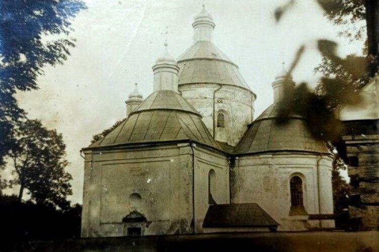 У храмі на Волині знищили іконостас, бо не відповідав канонам російської церкви (Фото)