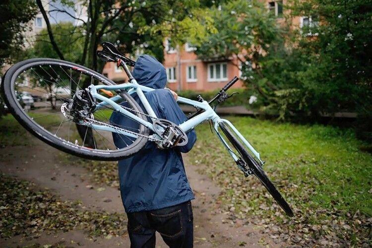 На Волині господар розшукав велосипедного крадія