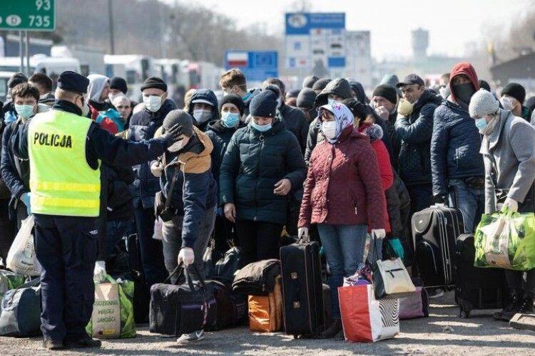 Польський ринок праці опинився в складній ситуації без українських заробітчан, – голова польської аграрної асоціації