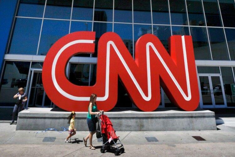Законопроєкт про олігархів створює ризики для свободи слова в Україні, – ведучий CNN