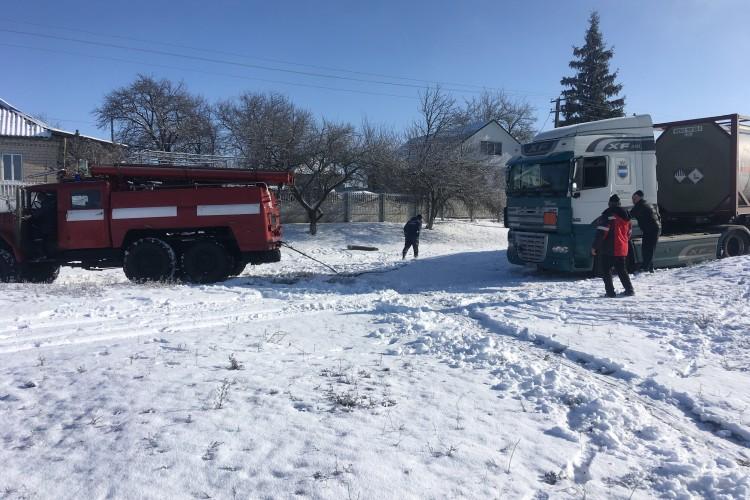 В Україні долають наслідки складних погодніх умов