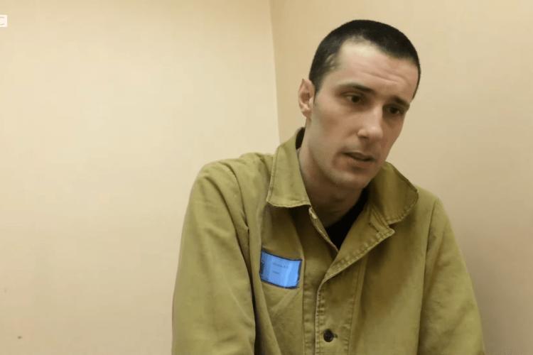 «Били струмом, надягали протигаз»: українця катували в російській колонії (Відео)