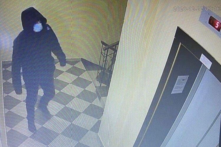 Житель Одеси приїхав на Волинь і обкрадав квартири (Фото)