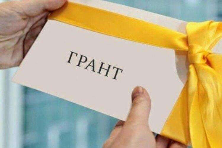 Волинський викладач отримав грант Президента України на наукові дослідження