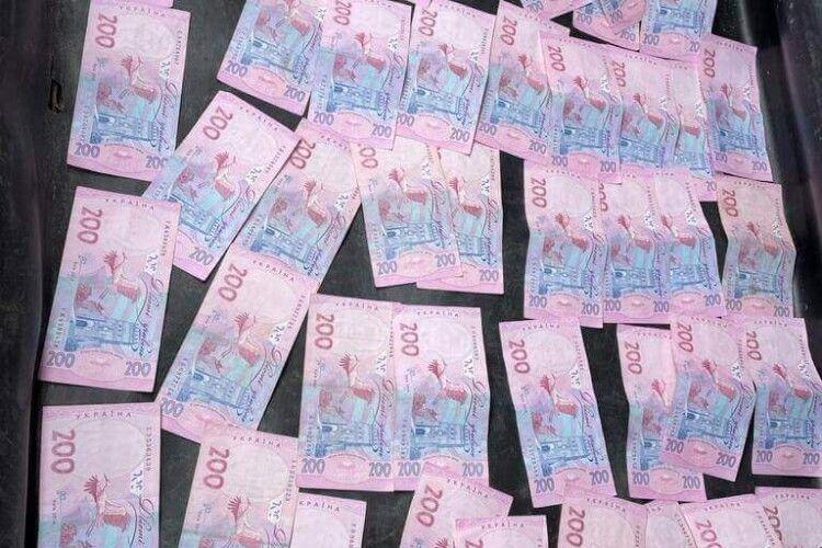 На Волині податківець вимагав хабар: йому повідомили про підозру (Фото)