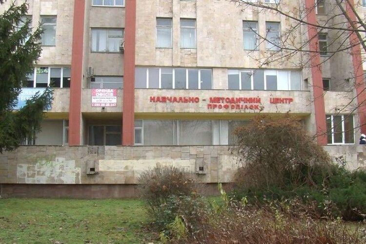 У Луцьку біля скверу «Профспілок» хочуть будувати торгово-офісний центр: чи дозволять