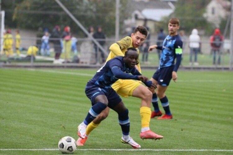 Динамо планує продовжити контракт перспективного хавбека