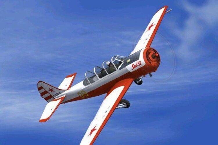 В Польщі під час авіашоу впав у Віслу літак Як-52 (відео)
