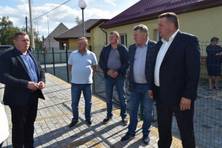 Мешканці ще двох сіл Камінь-Каширщини відтепер отримуватимуть медичні послуги в оновлених амбулаторіях