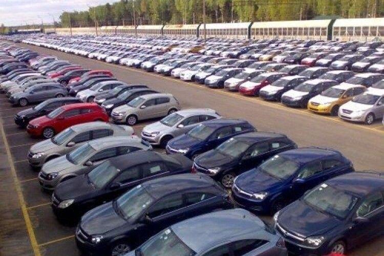 На Волині на 1000 жителів припадає 314 автівок