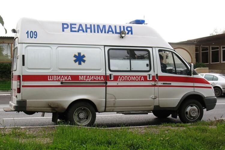 На Рівненщині нетверезому велосипедисту не вдалося без травм довезти мішок картоплі