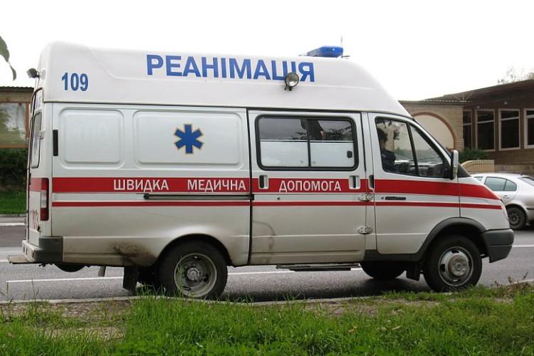 Майже 200 українців захворіли на кишкову інфекцію після обіду в їдальні заводу
