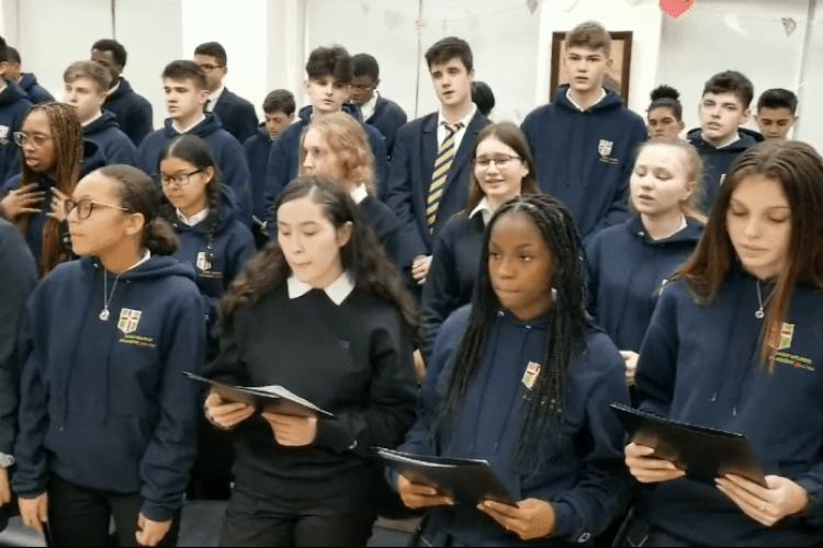 Чому студенти в Нью-Йорку заспівали «Червону руту» (Відео)