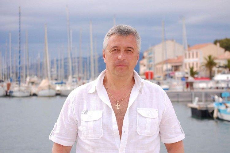 Олександр Стадник, художній керівник колективу