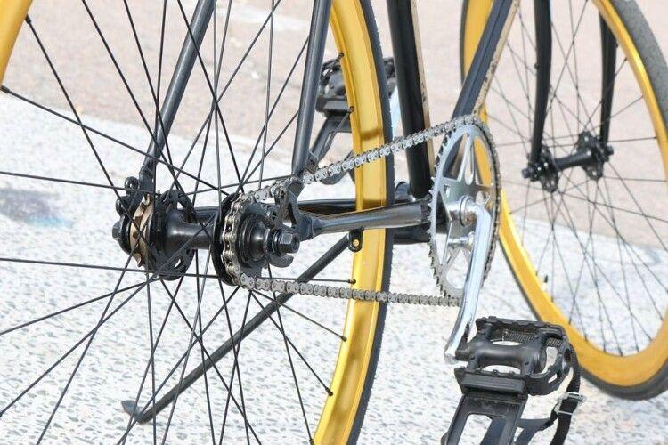 На Волині Audi збила велосипедиста (Фото)