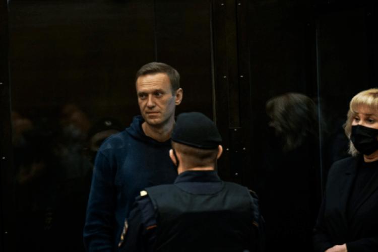 Суд над Навальним: під будівлею затримали понад 230 осіб