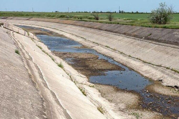 Українські фермери виступили проти подачі води в Крим