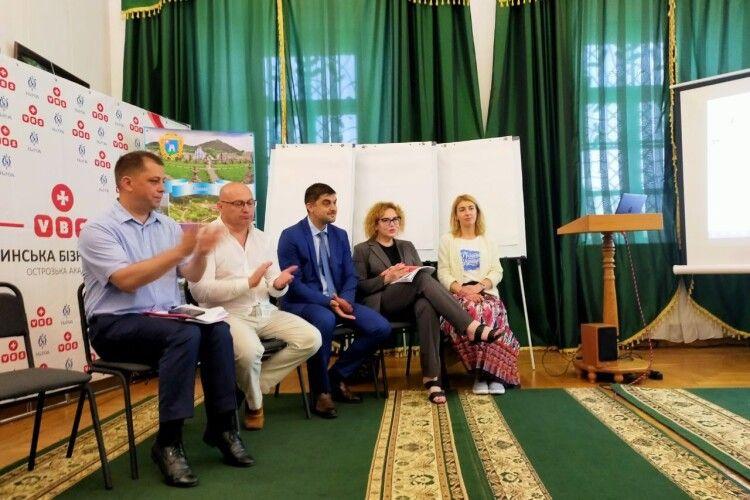 Урядовці з представниками туристичної галузі обговорили, як розвивати потенціал Волині