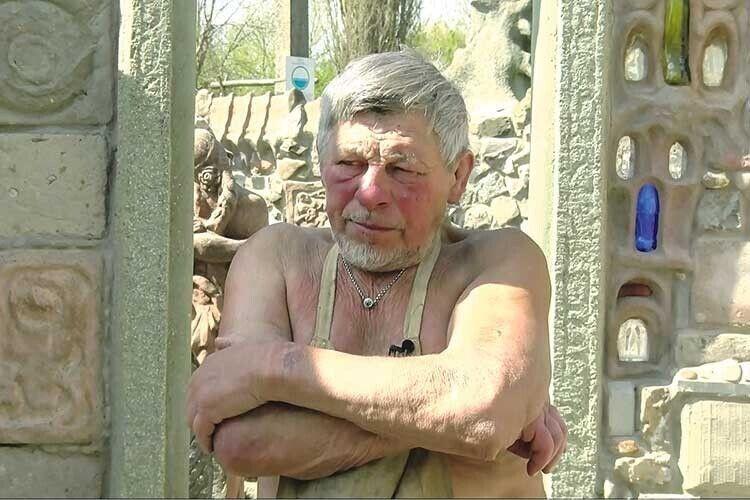 Вандали понищили скульптури Миколи Голованя (Фото. Відео)