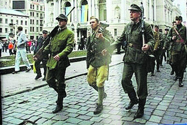Читали на Майдані, читають івАТО