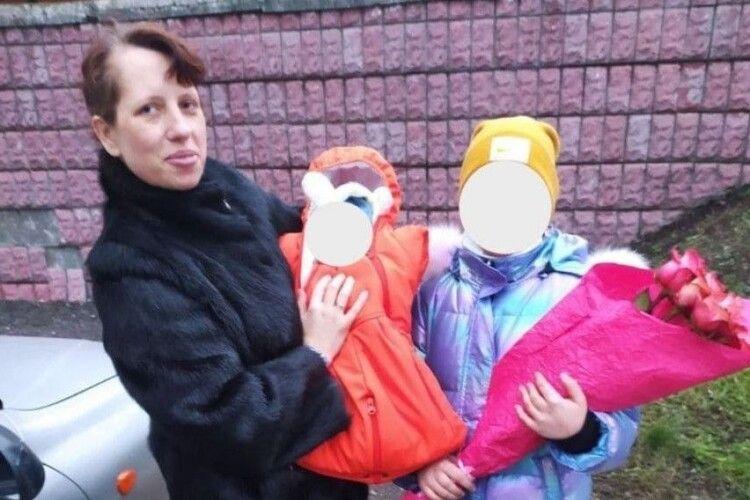 Удома чекає новонароджений син: розшукують уродженку Іванич, яка зникла після пологів