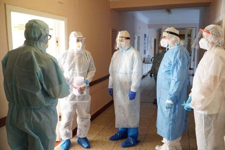 На Рівненщині сьогодні троє людей померли від коронавірусу