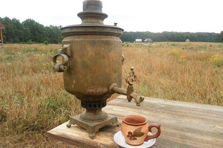 «Хочу чаю, аж... чужому самовару ноги приробляю!»: в Берестечку скоєно крадіжку року