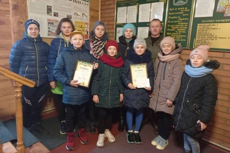 Волинський лісгосп нагородив юних лісівників