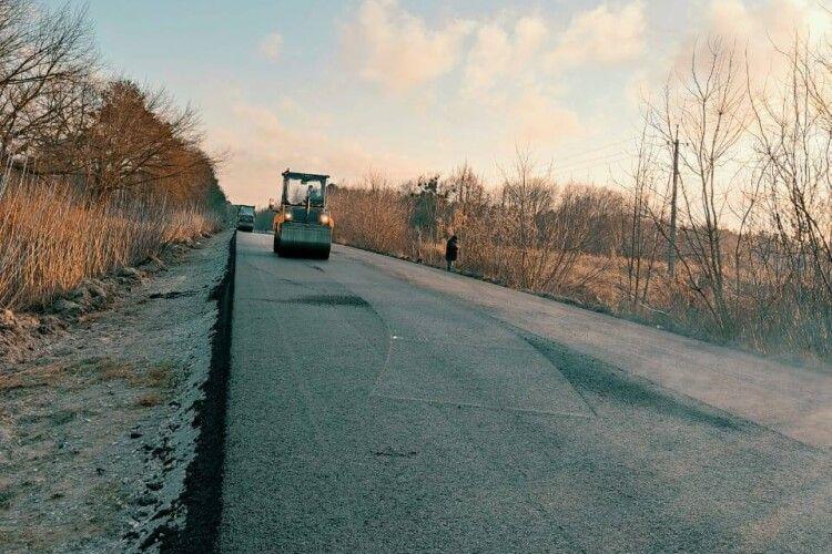 У Шацьку чекають сприятливої погоди, щоб почати ремонт дороги