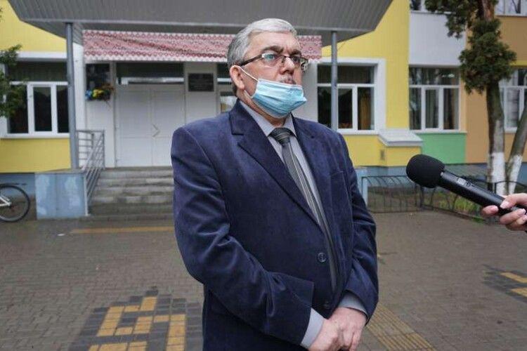 Одна – з найсильніших математиків, – директор луцької школи прокоментував скандал з вчителькою