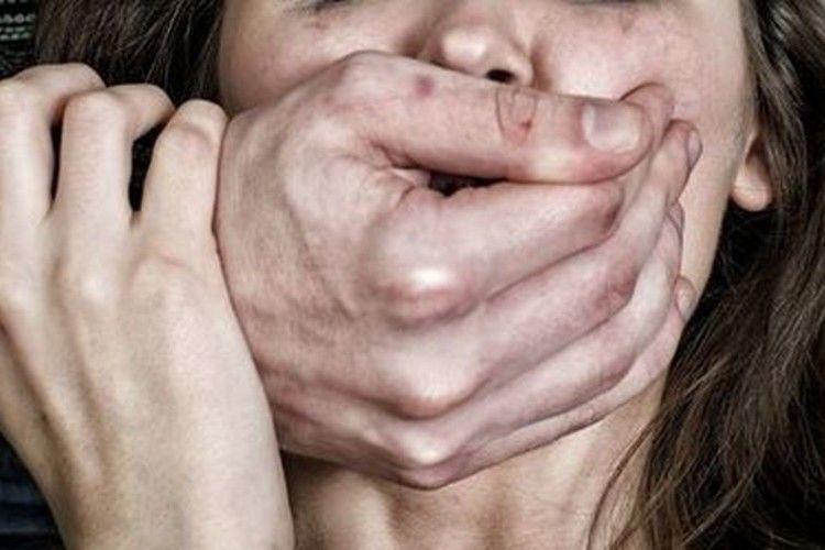Не минуло й дві години – зґвалтував трьох жінок